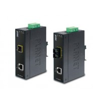 MEDIA CONVERTER INDUSTRIALE FAST ETHERNET SFP OPZ.  IP30